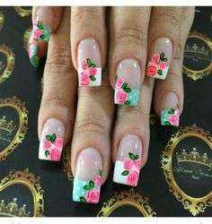 French manicure a fiori vintage