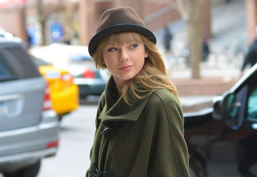Taylor Swift con il cappello