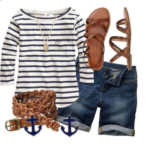 Look estivo con t-shirt a righe