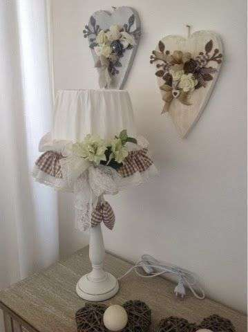 Paralume decorato in stile shabby chic