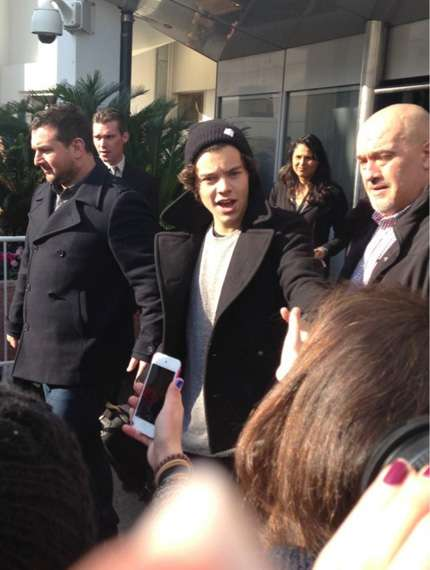 One Direction agli NRJ Music Awards 2013: foto dell'arrivo a Cannes