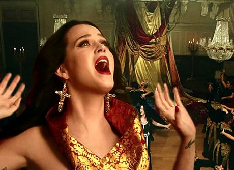 Katy-Perry-Unconditionally video