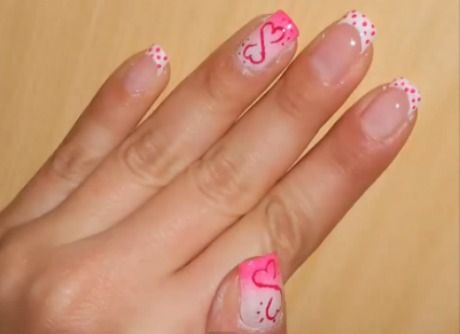 NAIL ART SAN VALENTINO: FRENCH MANICURE A POIS