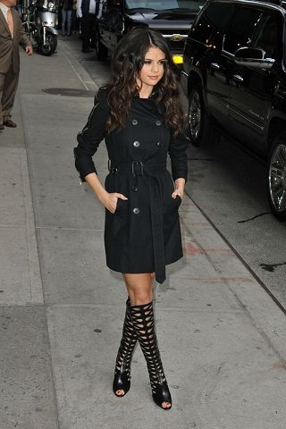 Selena Gomez in Burberry Trench Coat on Late Show With David Letterman