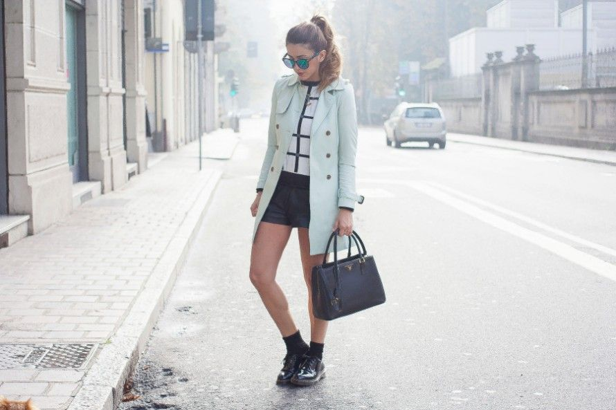 dr.martens trench color menta short in pelle casual outfit fashion blogger 020020 890x593