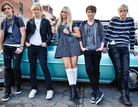 The band R5 on Location During the Recording of Their Music Video LOUD