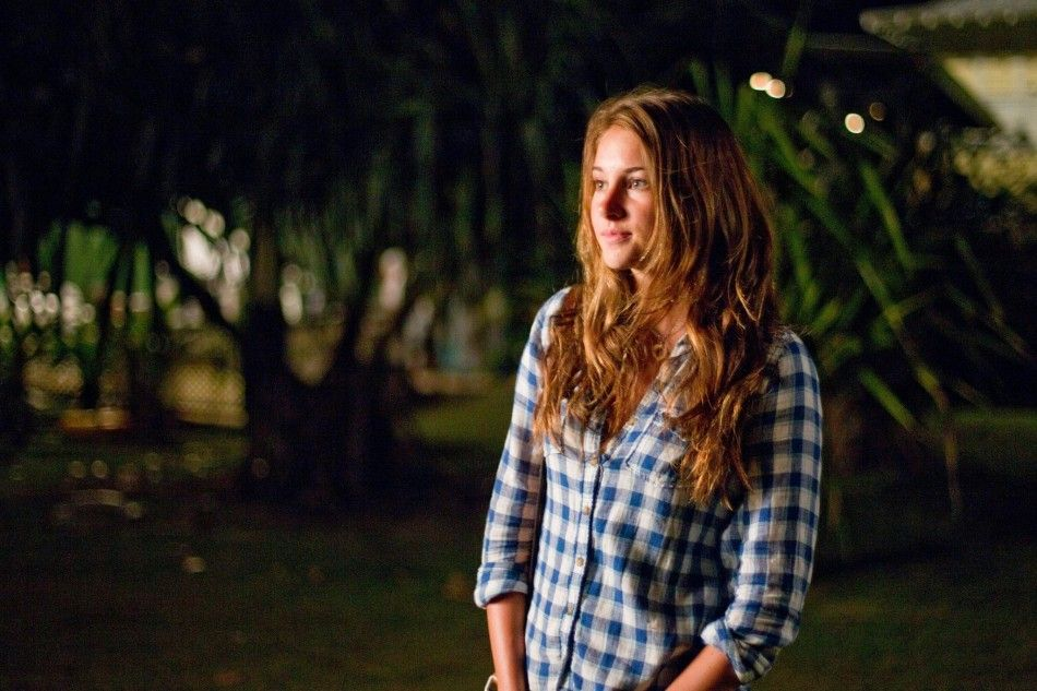 still of shailene woodley in the descendants (2011) large picture