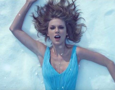 taylor swift out of the woods video testo traduzione
